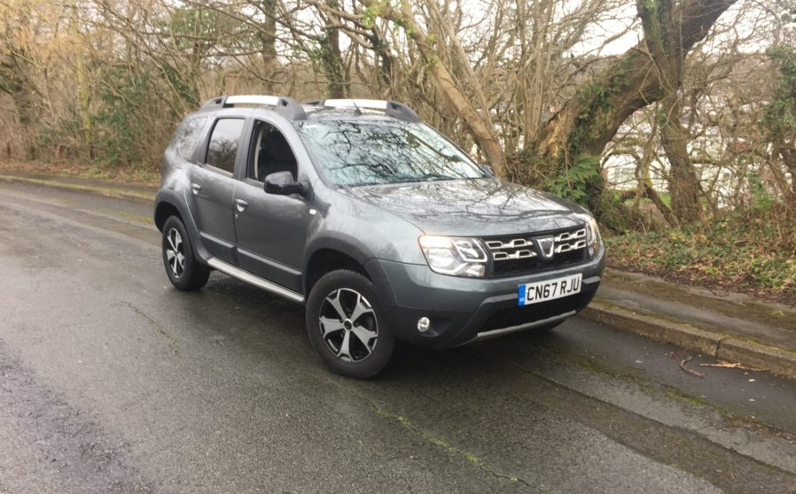 2017 dacia duster se summit dci hatchback leyshon flint. Black Bedroom Furniture Sets. Home Design Ideas